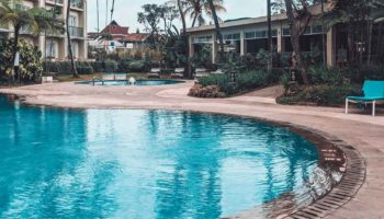 Top 10 Best Pool Cover Pumps In 2019