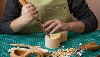 Top 11 Best Wood Carving Tools For Beginners In 2020